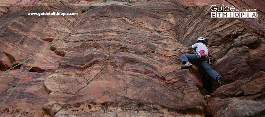 rock-c;imbing-in-Ethiopia