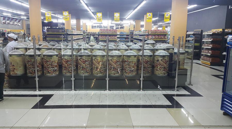 Shoa-supermarket-4
