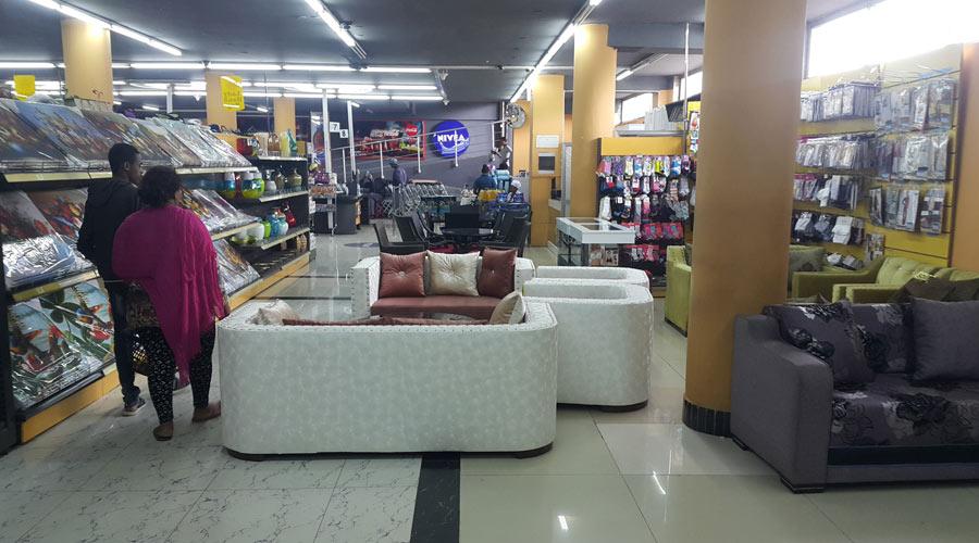 Shoa-supermarket-7
