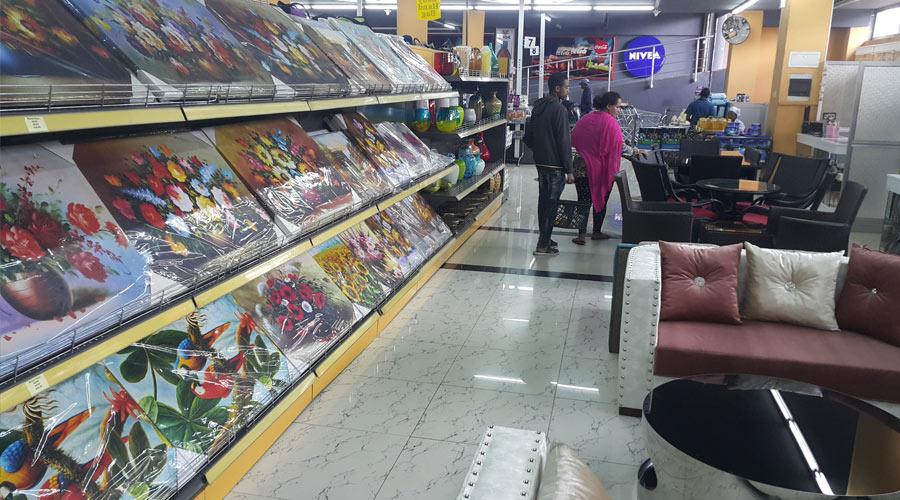 Shoa-supermarket-8