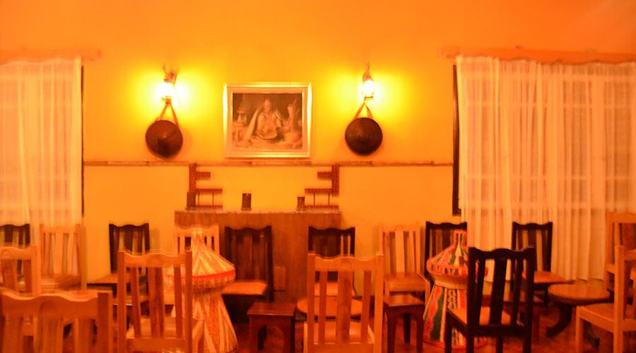 Dashen-terara-Restaurant2