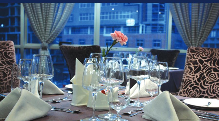 Eliana-Restaurant2